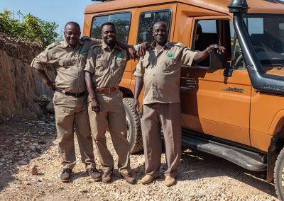 Unsere ugandischen Fahrerguides führen Sie sicher durch Uganda