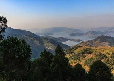 Ausblick auf den Lake Bunyonyi während der Fahrt nach Kisoro